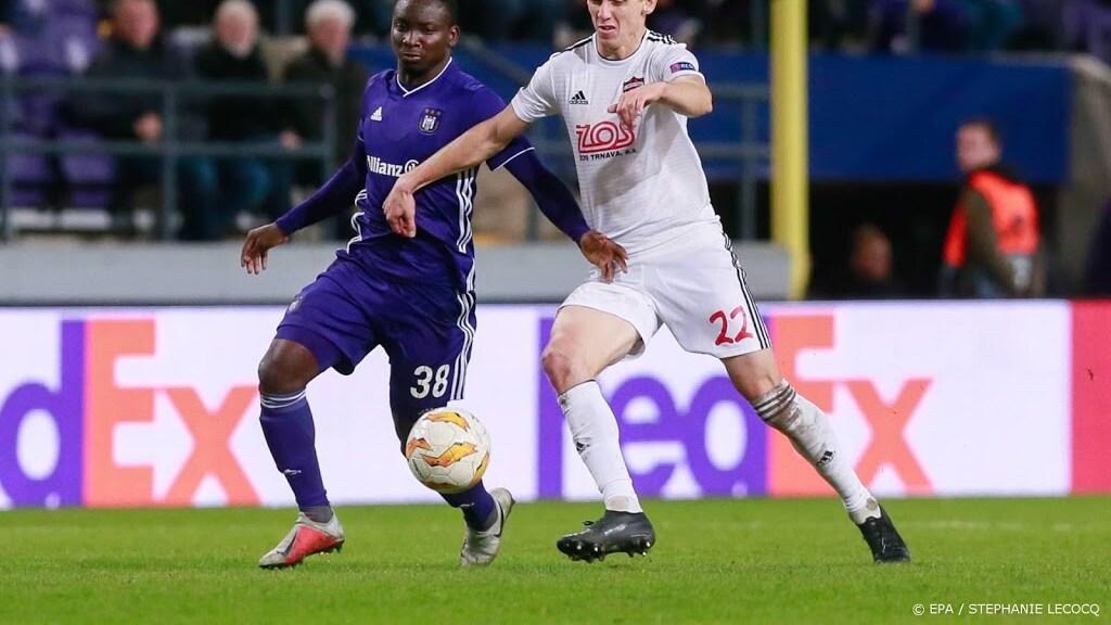 Vitesse huurt Dauda van Anderlecht | RTL Nieuws