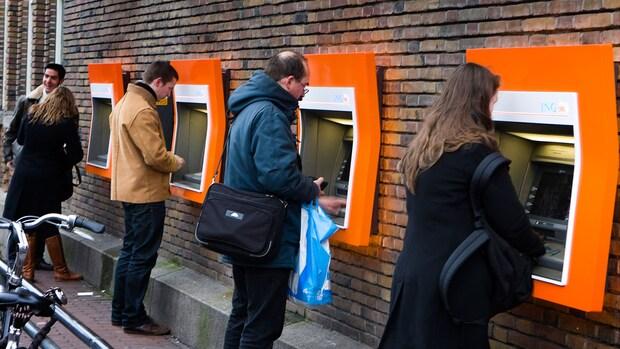 27.000 euro schuld per Nederlander