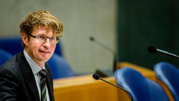 PvdA: inschattingsfout Dekker rond privacy scholen