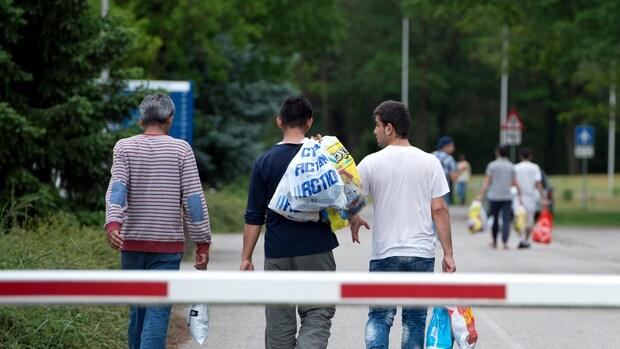'Arme gemeentes vangen meeste asielzoekers op'