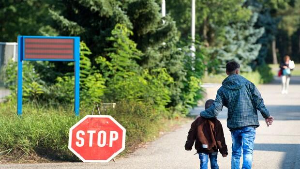 Drie extra aanmeldcentra voor vluchtelingen
