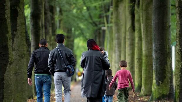 Nederlanders negatiever over opvang vluchtelingen