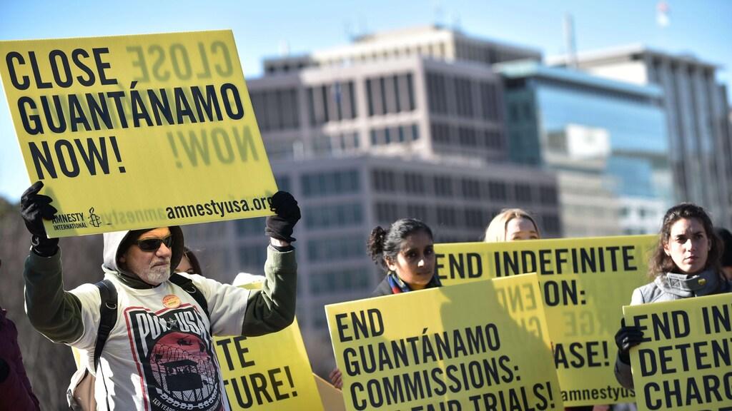 Mensenrechtenorganisaties eisen de sluiting van Guantánamo Bay.