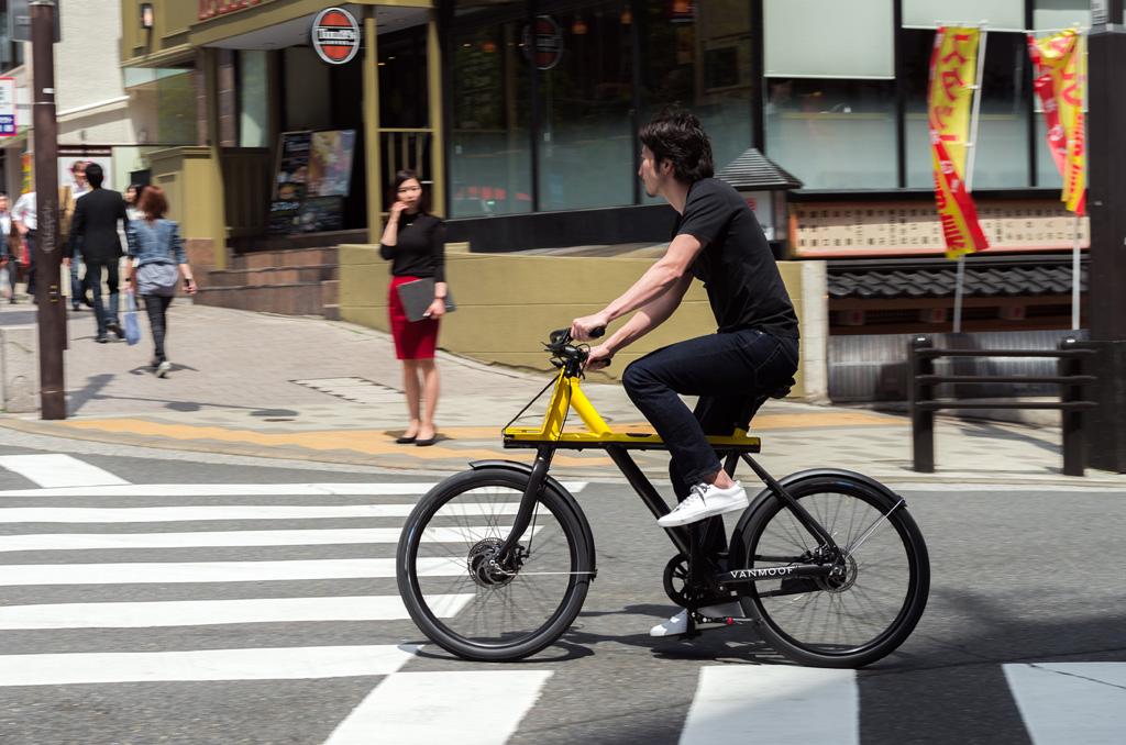 dit is de nieuwe e bike van het amsterdamse vanmoof. Black Bedroom Furniture Sets. Home Design Ideas