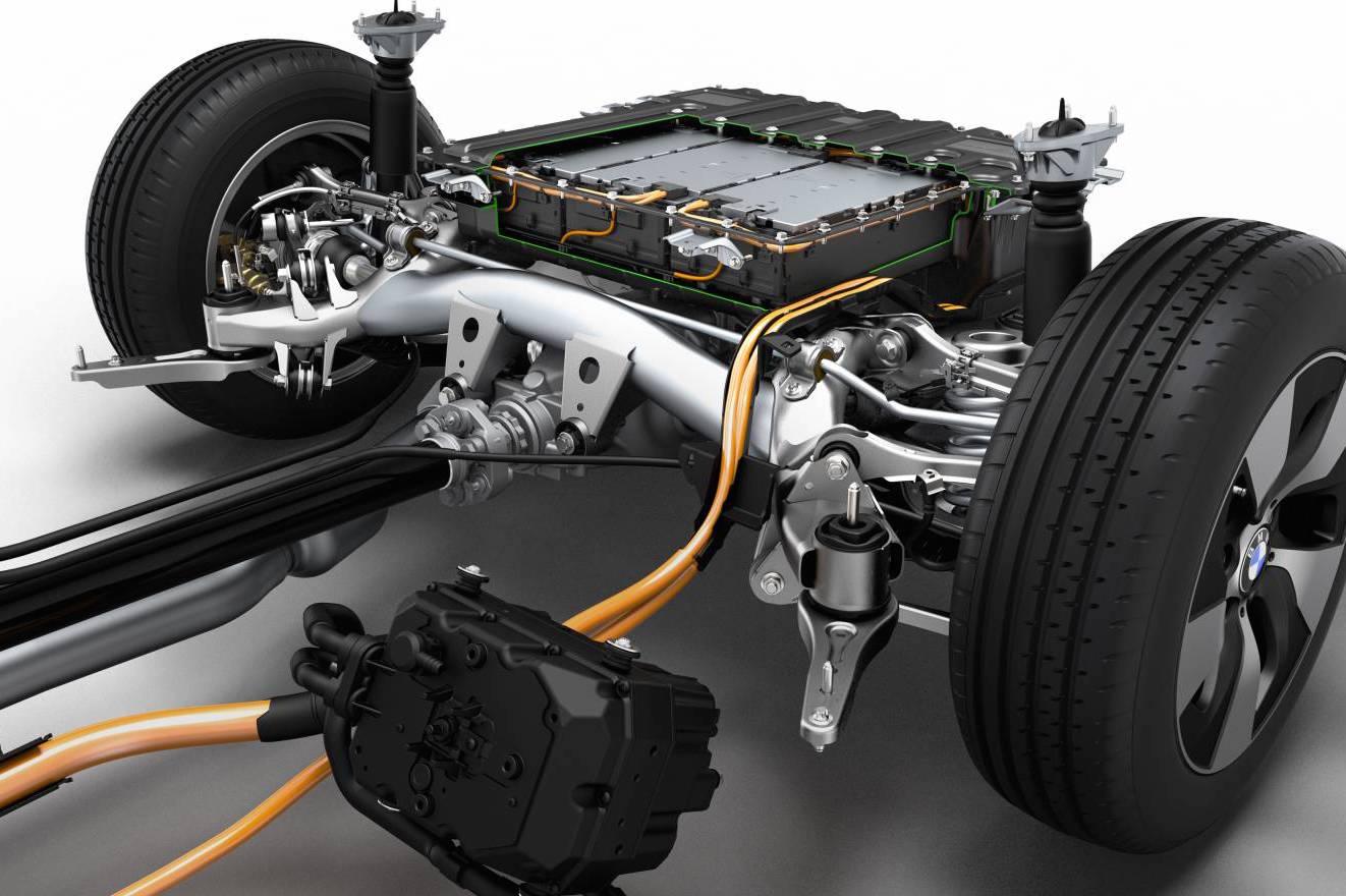 Nieuwe Toyota-accu voor elektrische auto's laadt in paar ...