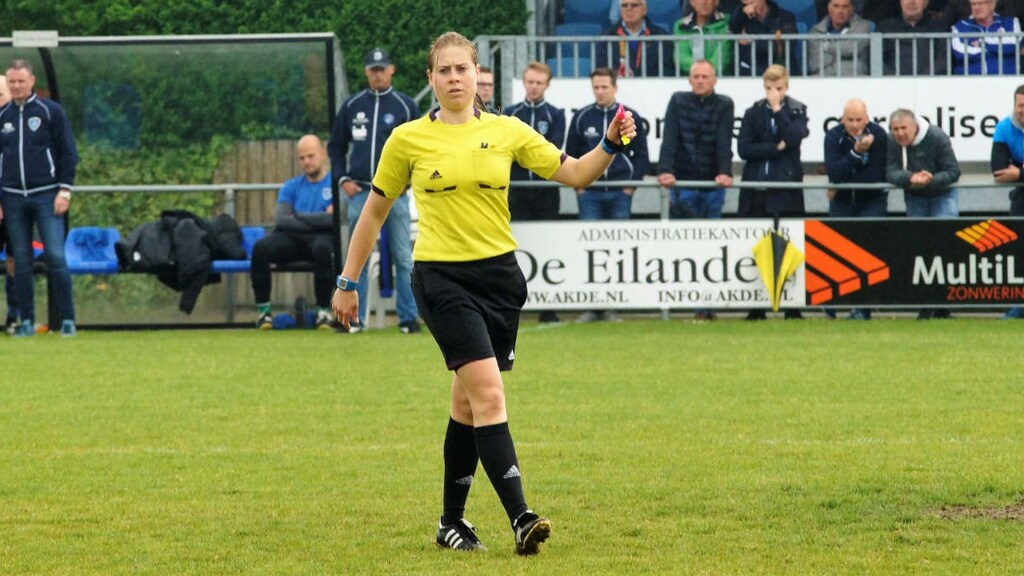 Lizzy van der Helm in actie.