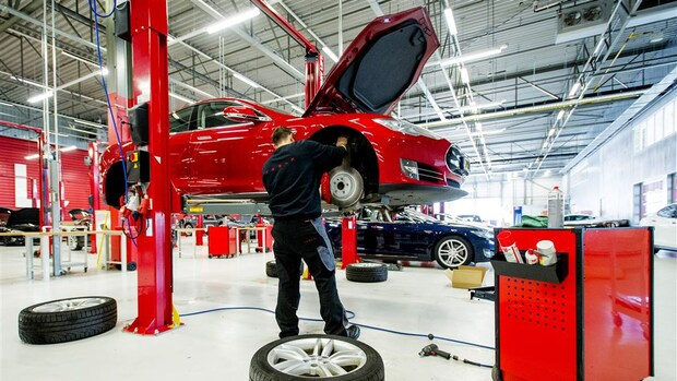 Elektrische auto repareren duurder, maar verzekeren valt wel mee