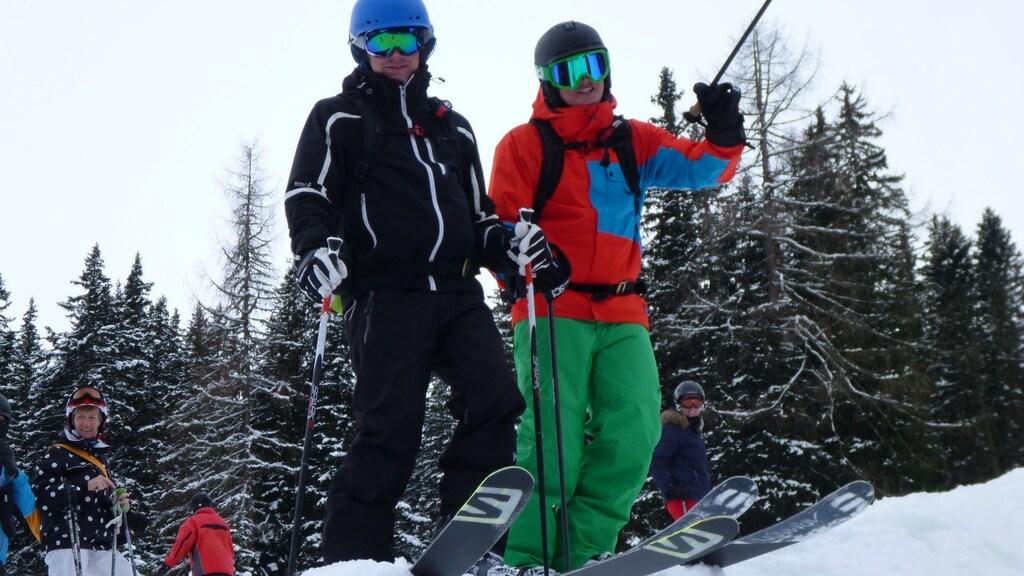 Ralf (links) met zijn zwager op de piste.