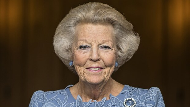 Hoera! Beatrix mag 81 kaarsjes uitblazen