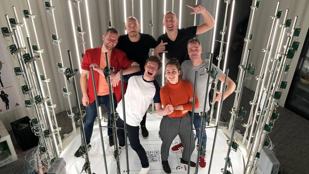 Het team van Dropstuff, met rechts bovenin René van Engelenburg