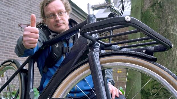 Review: deze e-bike is zowel voor de stad als voor tochten