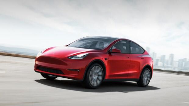 Tesla rolt grote update uit: Netflix, YouTube en karaoke