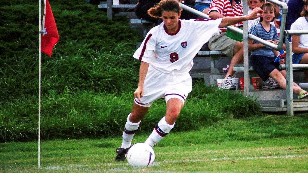 Mia Hamm in 1995.