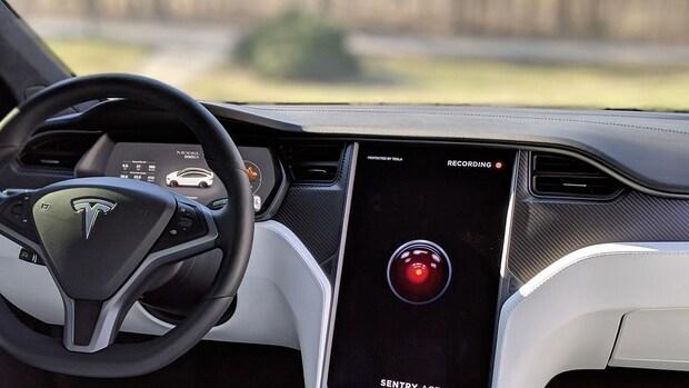 Tesla laat gebruikers claxon en bewegingsgeluid aanpassen