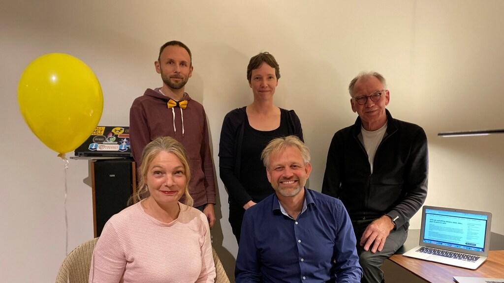 Het actiecomité XS4ALLmoetblijven. Directeur Anco Scholte ter Horst zit rechtsonder.