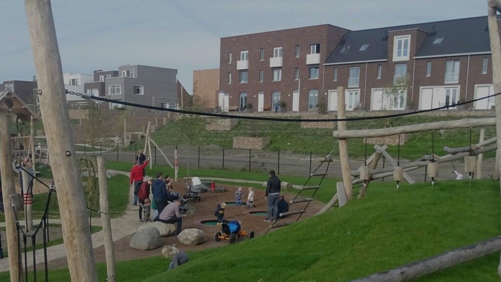 Natuurspeeltuin De Hoef is onlangs open gegaan.