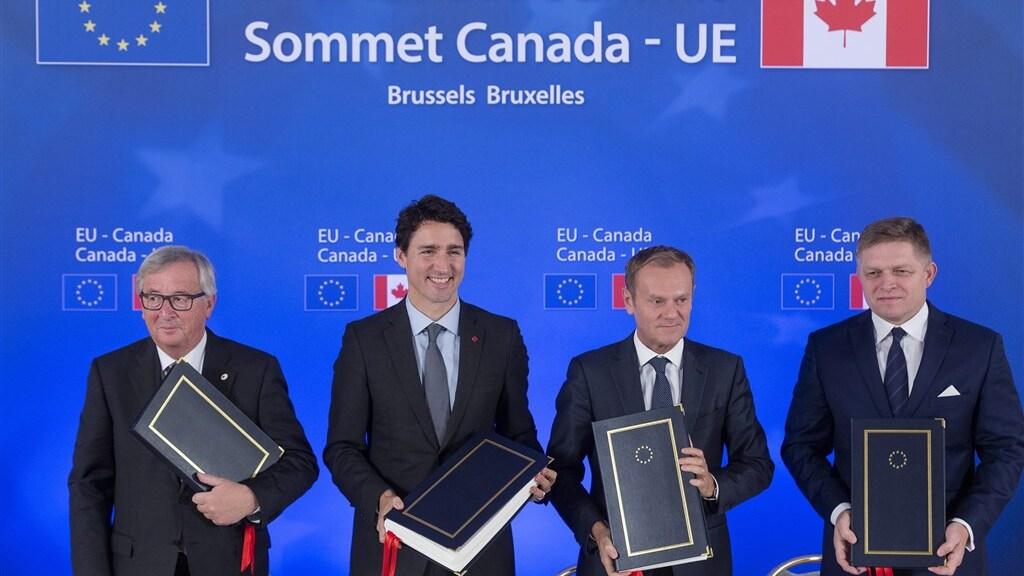 De ondertekening van CETA in 2016.