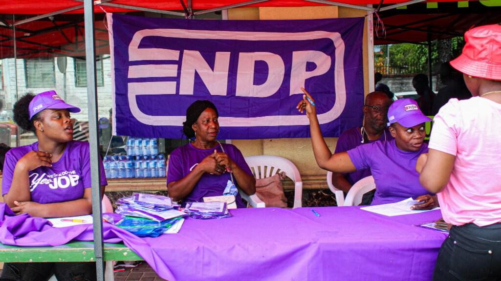 NDP'ers voeren campagne in Paramaribo.