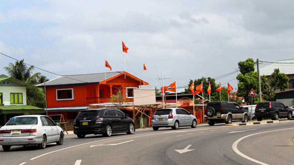 Een centrum van oppositiepartij VHP.