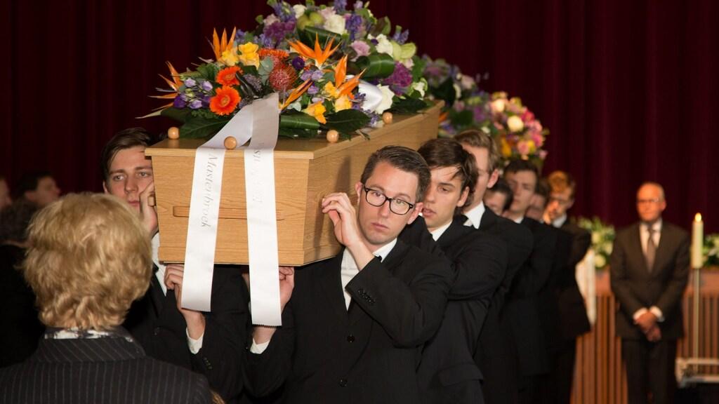 De gezinsleden konden tegelijk met elkaar worden begraven.
