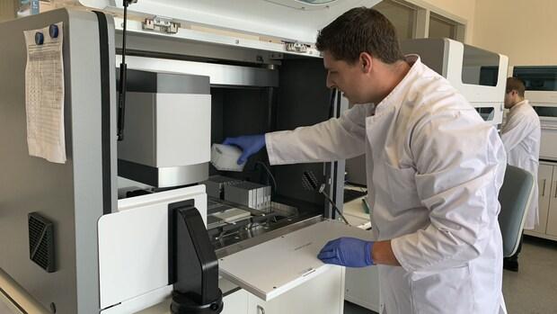 Tijdlijn: hoe Nederland te laat het testen op corona uitbreidde