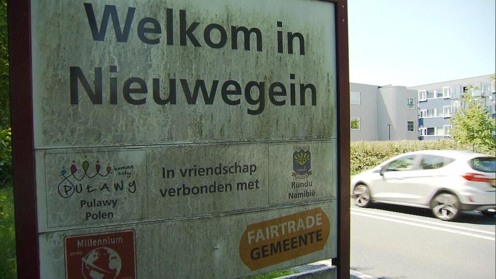 Aan de grens van Nieuwegein staat het Pulawy op vriendschapsbord.