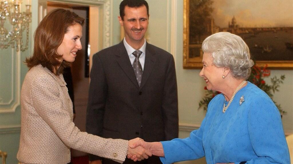 Asma al-Assad met de Britse koningin voor de oorlog uitbrak.