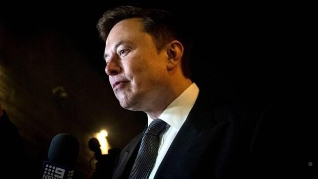 Elon Musk: Tesla die in Texas tegen boom botste was niet zelfrijdend
