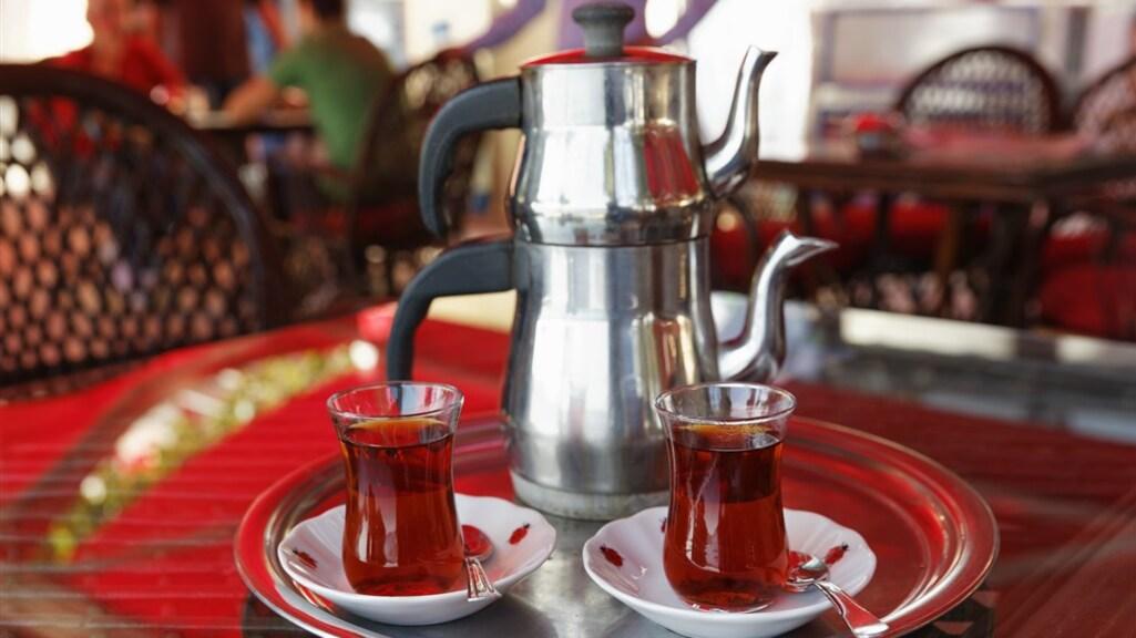 Verkoelende Turkse thee.