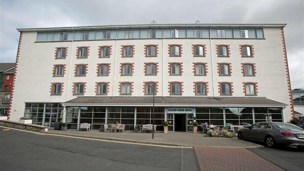 Het hotel waar de gelegenheid plaatsvond.