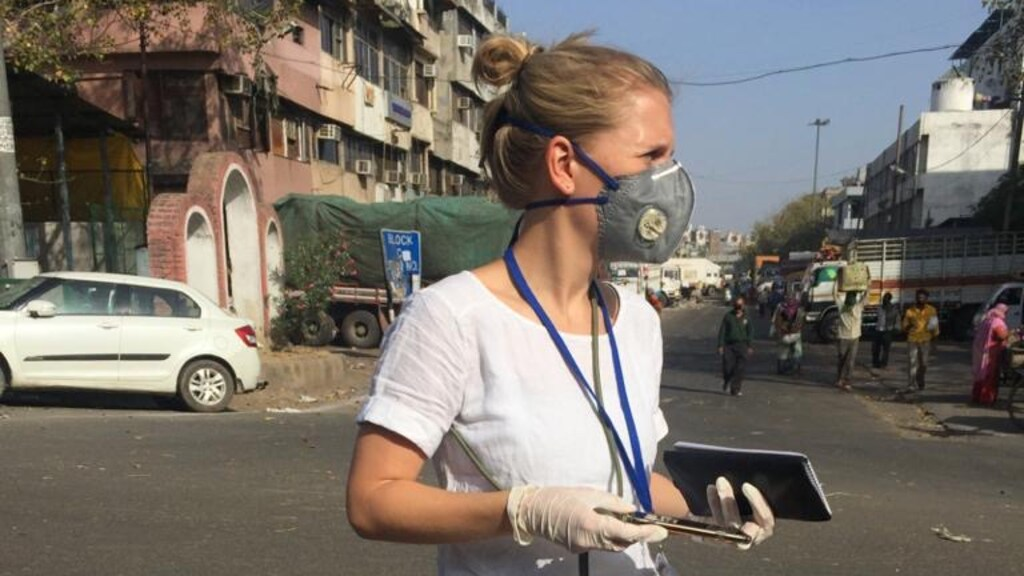 Correspondent Eva Oude Elferink in India