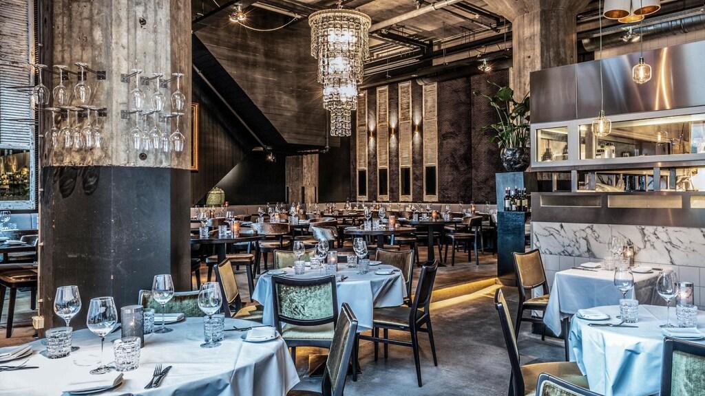 Ook in deze grote ruimte van restaurant Mood mogen 30 gasten tegelijk zitten.