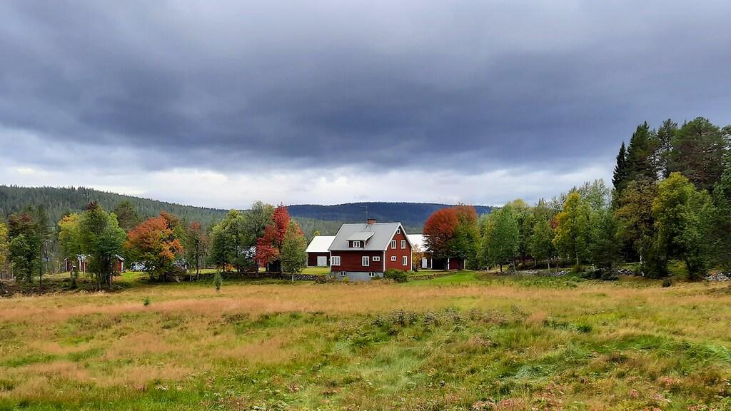 Een typisch rood Zweeds huis in provincie Dalarna.