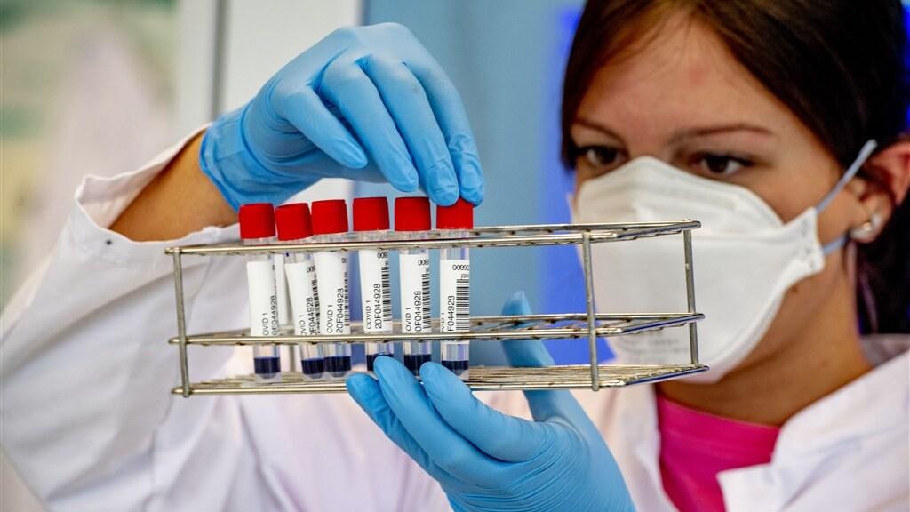 Nederlandse studie: deltavariant vier keer besmettelijker