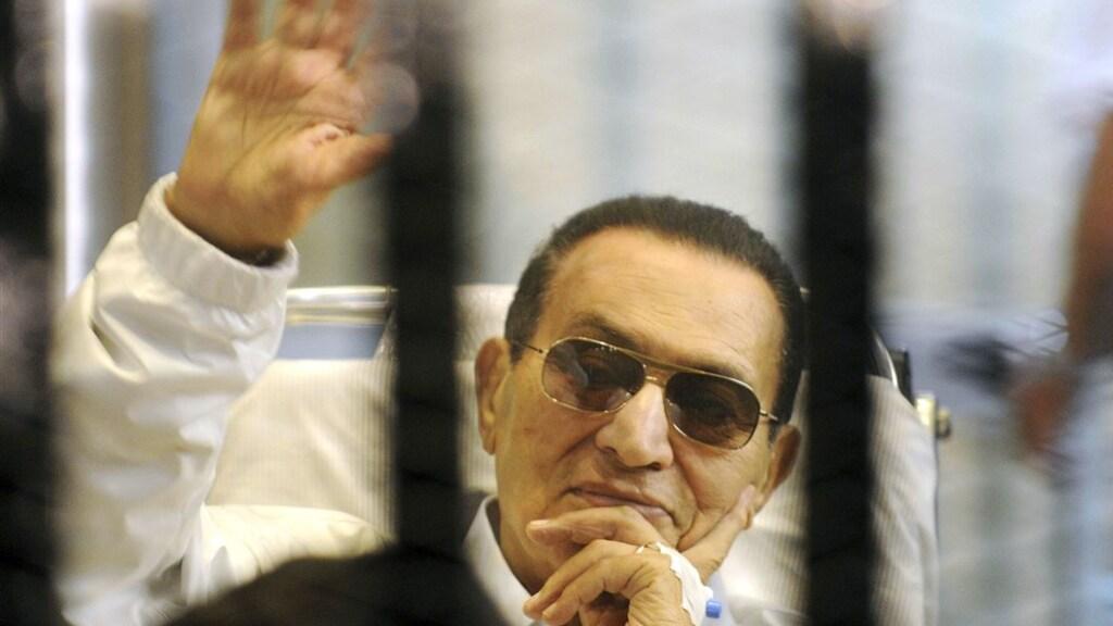 Moebarak werd vanuit zijn ziektebed vervolgd.