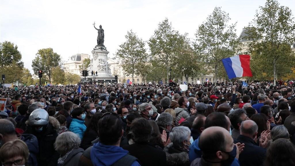 Gisteren werd er een eerbetoon gehouden in Parijs.