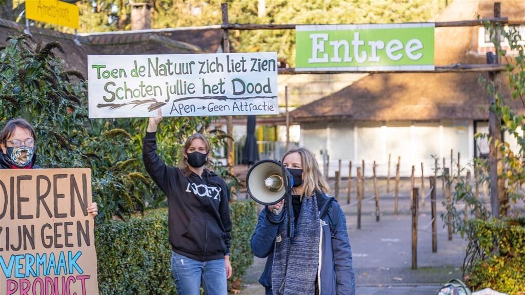 De demonstratie bij DierenPark Amersfoort.