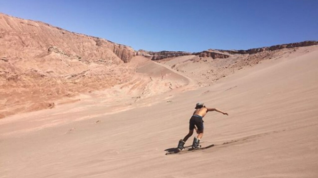 Surfen, skaten, zandboarden. Geef Dean een board en hij is gelukkig.