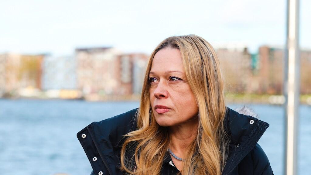 Moeder Justine: 'Mijn enige kind is van mij afgenomen' / Esther Maas
