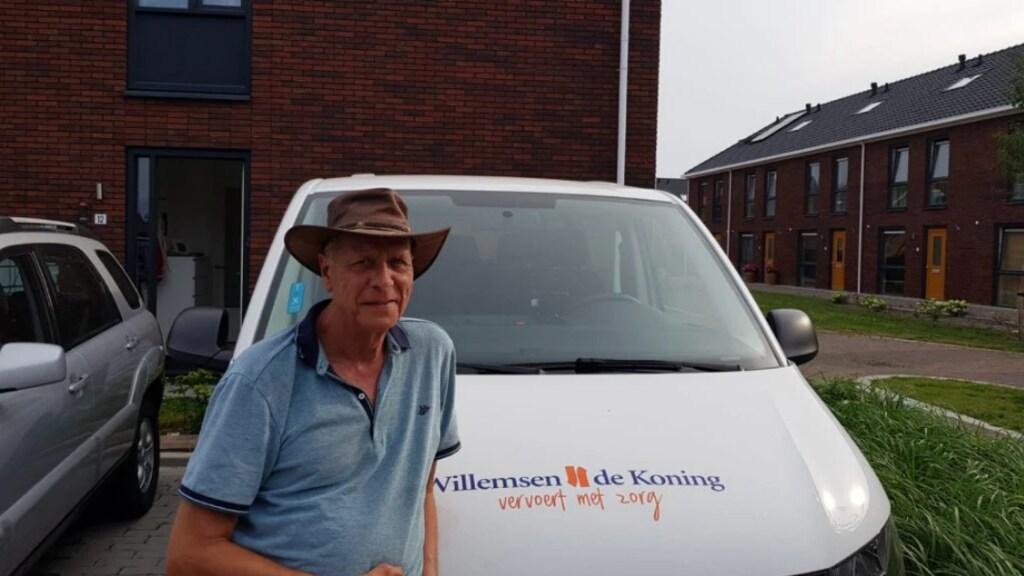 Evert was net met pensioen. Dit jaar begon hij met het vervoeren van kinderen in het speciaal onderwijs van school naar huis.