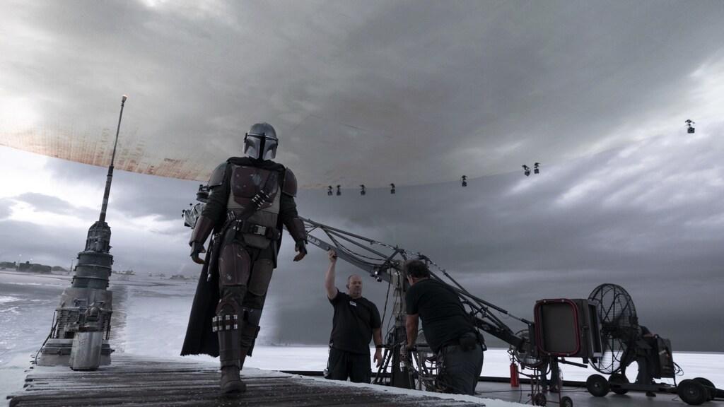 Bij The Mandalorian bestaat de set rondom uit schermen.