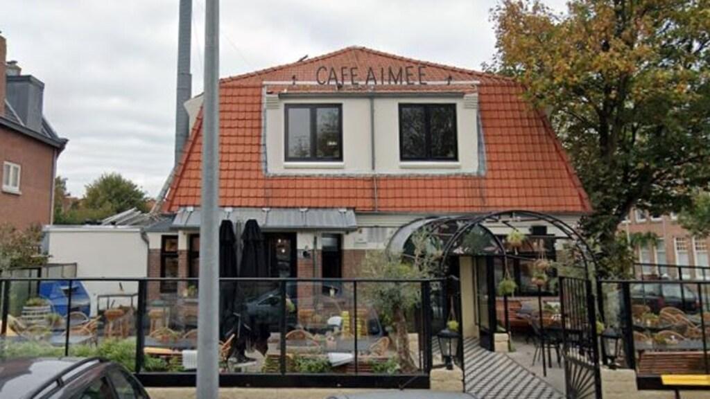 Café Aimee krijgt de helft korting op de huur, heeft de rechter besloten.