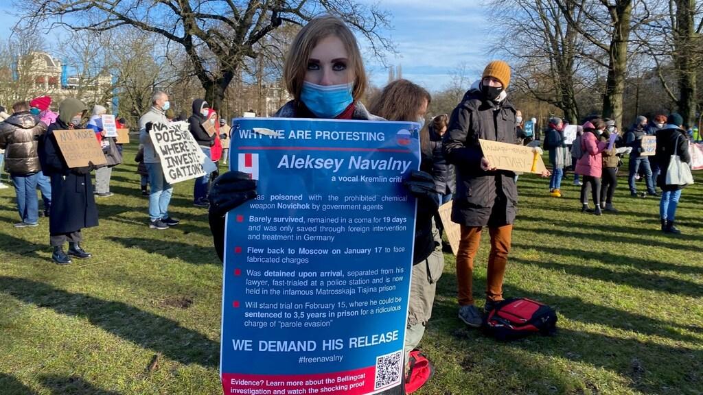 De 28-jarige Anna deed in haar thuisland vaak mee aan protesten.