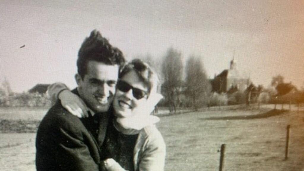 Leen en Annie, in hun jongere jaren.