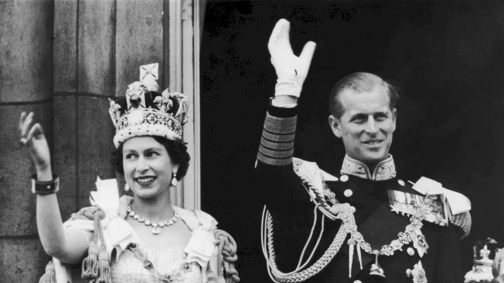 Het paar tijdens de kroning in 1953
