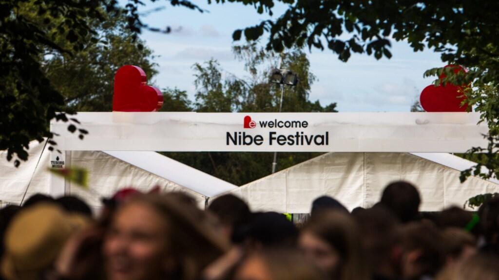 Beeld van het jaarlijkse festival in Nibe, Denemarken.