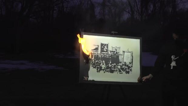 Bedrijf verbrandt een Banksy en verkoopt die als NFT