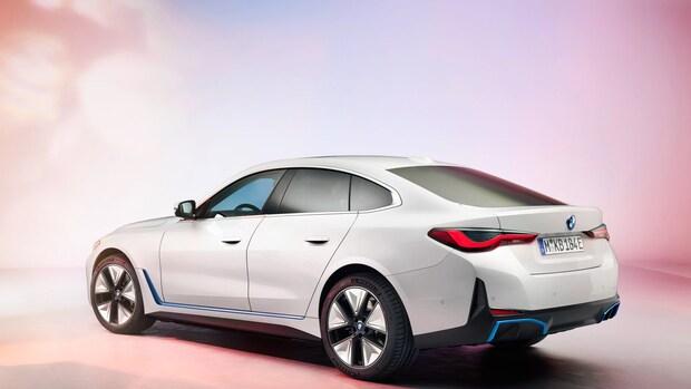 BMW: helft van verkochte auto's in 2030 elektrisch