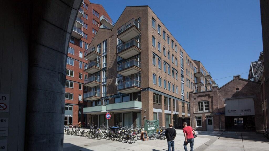 Siomara zat in het Oranje Huis van Blijf Groep in Amsterdam. De locatie is niet geheim, maar wel veilig.