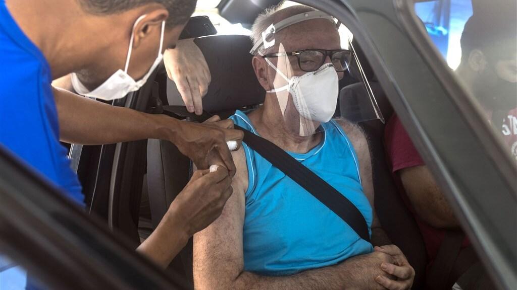 Er wordt wel gevaccineerd in Brazilië, maar ze lopen flink achter op een aantal van de omliggende landen.